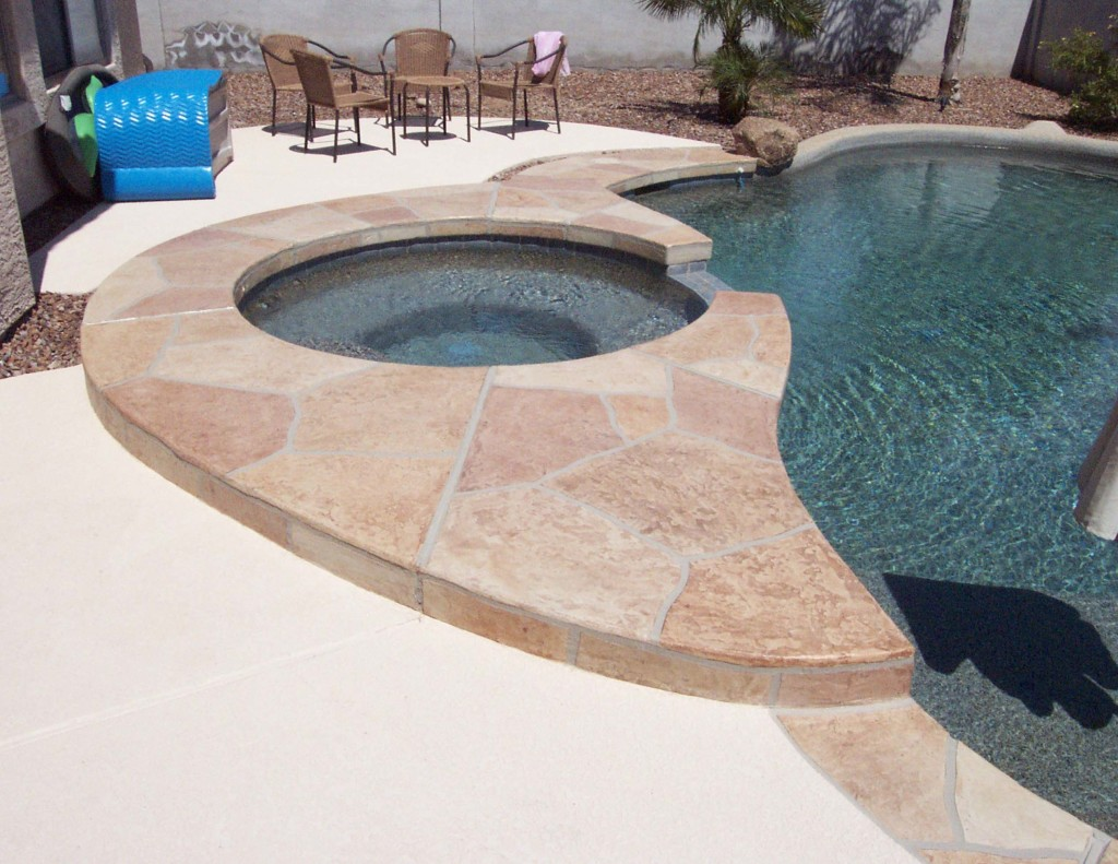 Acrylic Lace Pool Deck with BU-Flagstone Jacuzzi-4