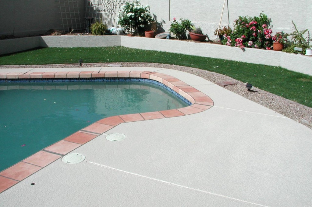 Acrylic Lace Pool Deck with Saltillo Tile Border-7