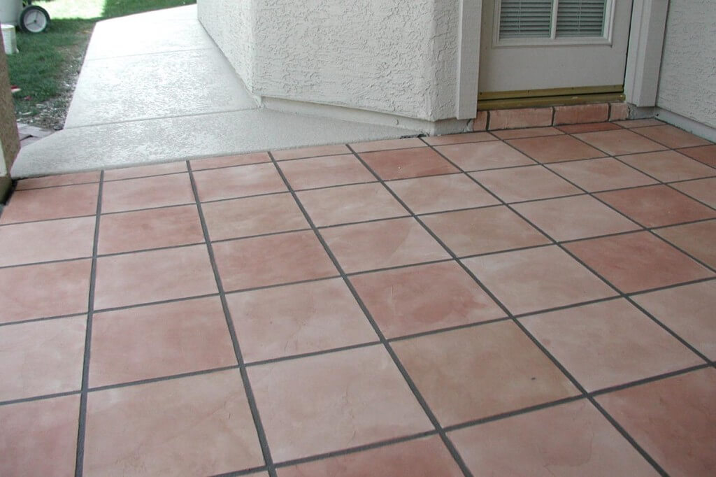 Patio-5 Saltillo Tile Pattern